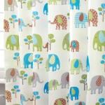 カラフルな象のイラスト柄カーテン