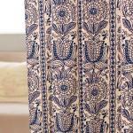 ルネッサンス調花柄イラストのカーテン