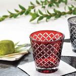 七宝柄の赤いグラス