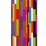 派手な配色のランダムスクウェア柄バスタオル