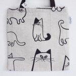 可愛い猫のイラスト柄トートバック