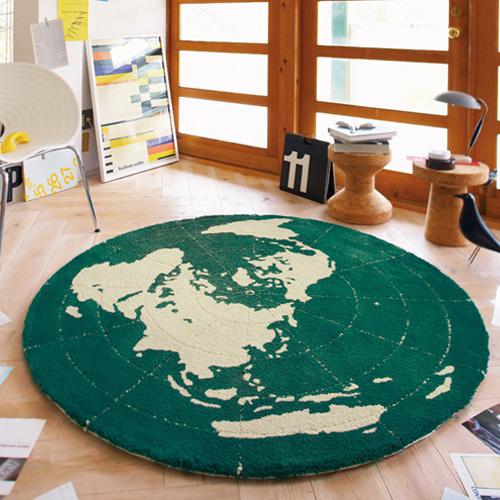 地球のイラスト柄円形ラグ