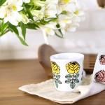 可愛い花柄イラストのマグカップ
