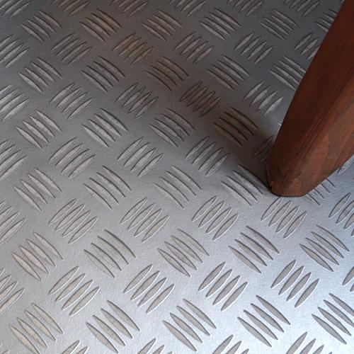 シマ鋼板・チェッカープレート調のクッションフロア
