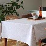 スプーンイラストパターンのテーブルクロス