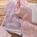 上品な桜柄の今治タオル